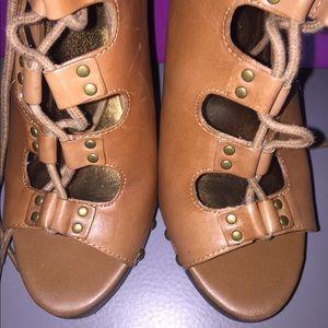 Fergie footwear cognac Sandals/Heels